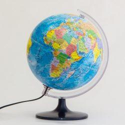 Belma világító földgömb ország színezéssel 25 cm, magyar nyelvű világítós földgömb